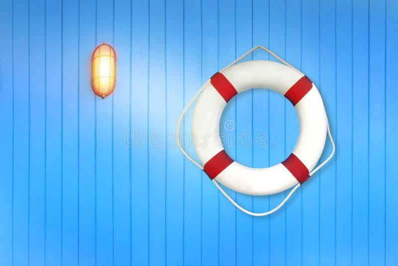 Biały lifebuoy na błękitnej kolor żółty lampie na promu i ścianie obrazy stock