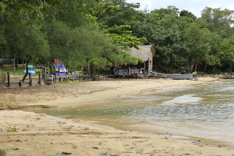 Biała piasek plaża w Koh Rong wyspie w Kambodża zdjęcie stock