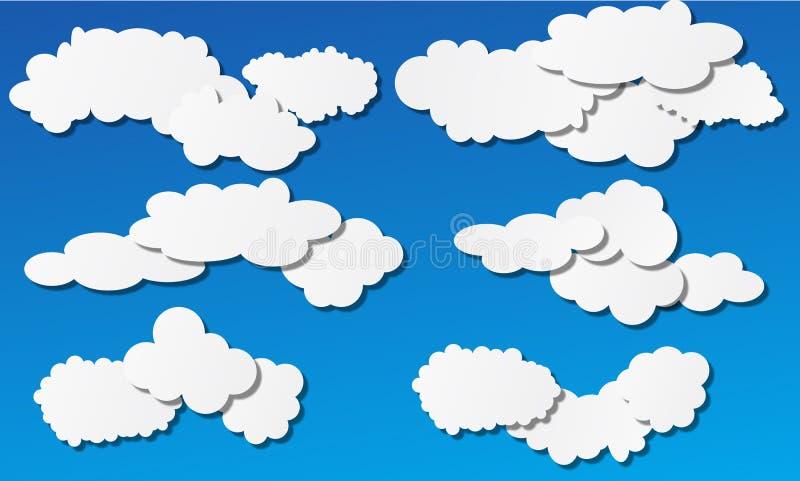 Białe bufiaste chmury na niebieskim niebie ilustracji
