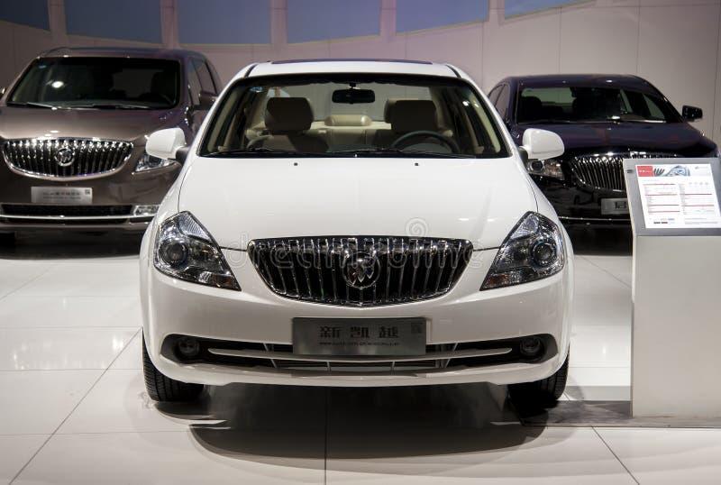 Białego buick excelle nowy samochód obrazy stock