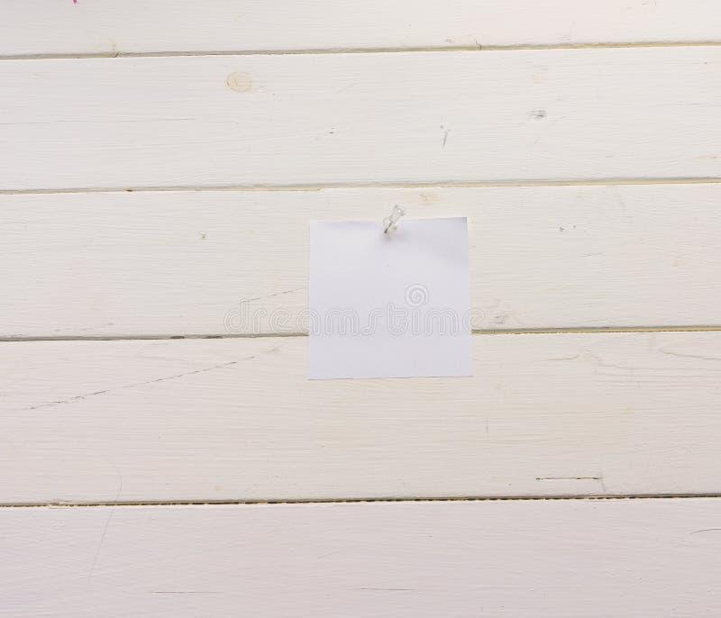 Białego kwadrata prześcieradło papier przyczepiał drewniane deski Malująca powierzchnia w nieociosanym stylu Zakończenie Tło z ko ilustracja wektor