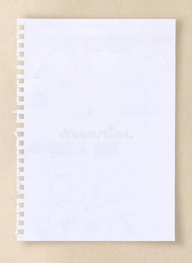 Białego papieru prześcieradło z ścinek ścieżką obrazy stock