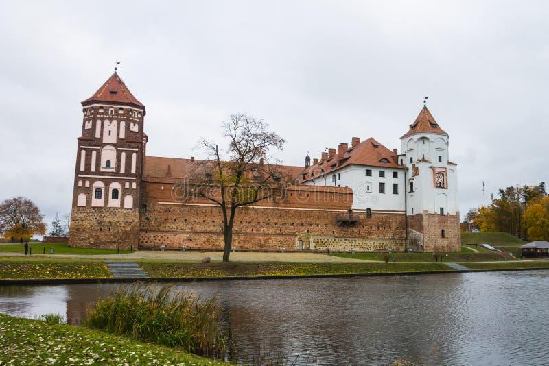 Białoruś, Grodno region, 23, Październik, 2015: Mir kasztel fotografia stock