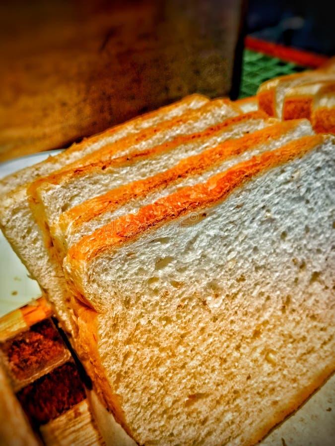 Biały chleb - Szorstki zdjęcia stock
