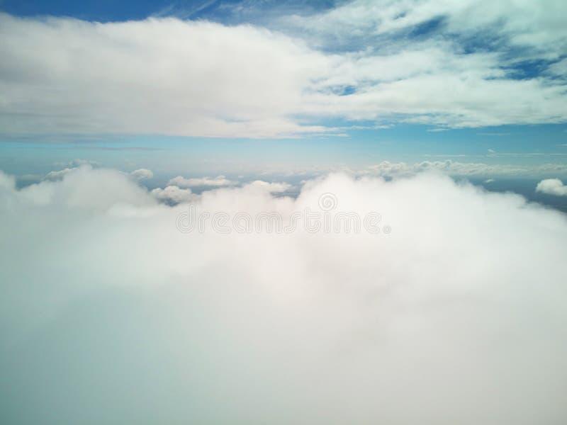 Biały cloudscape widok z lotu ptaka zdjęcie stock