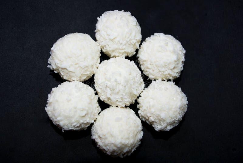 Biały cukierek z koksem zdjęcie royalty free