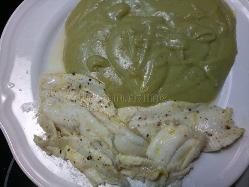 Biały Dover rybi przepasuje i gęsty kartoflany puree obraz stock