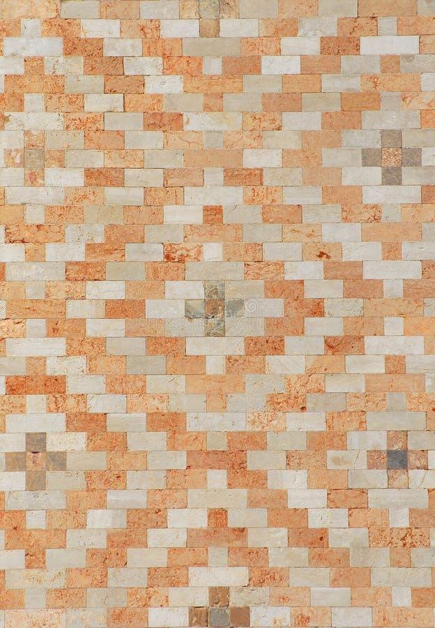 Biały i brudno- ściana z cegieł tło obraz royalty free