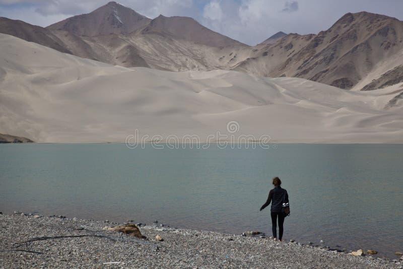 Biały Piasek jezioro, China's Xinjiang region zdjęcie stock