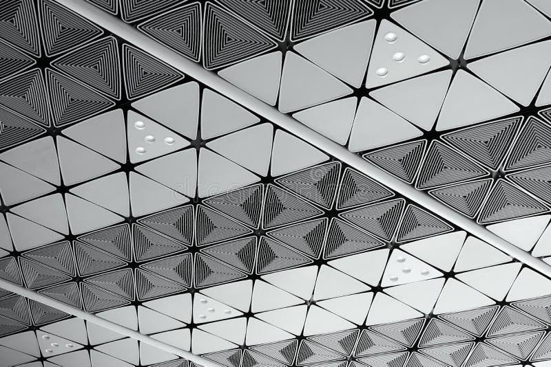 Biały sufit z neonowymi żarówkami wewnątrz uprisen widok gdy tło wewnętrznej dekoraci pojęcie z kopii przestrzenią ilustracja wektor
