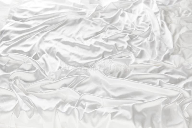 Biały jedwab