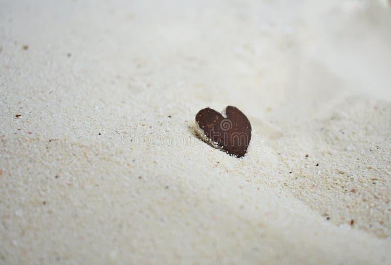 Biali piaska serca _maldives obrazy royalty free