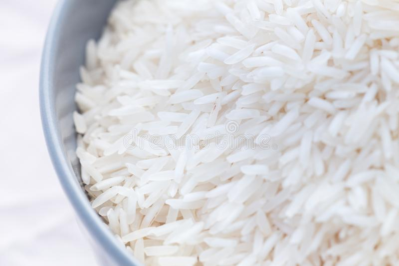 Biali ryż w pucharze zdjęcie royalty free