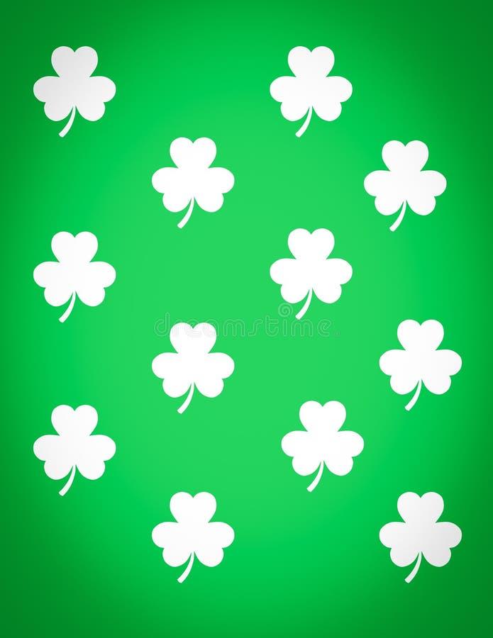 Biali shamrocks na zielonym tle ilustracja wektor