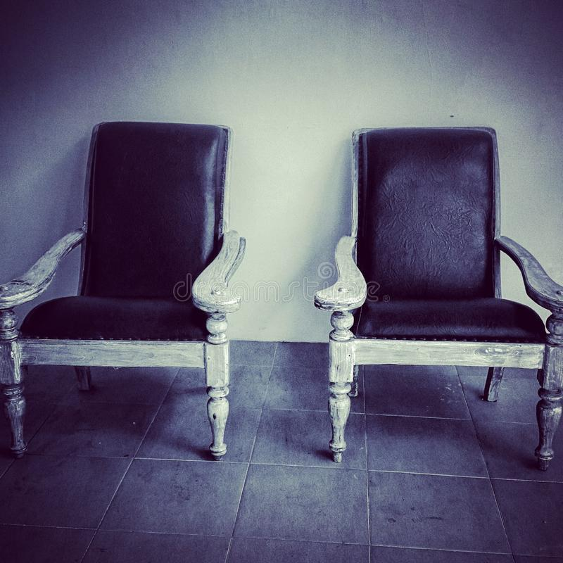 In bianco e nero in bianco e nero della sedia fotografia stock libera da diritti