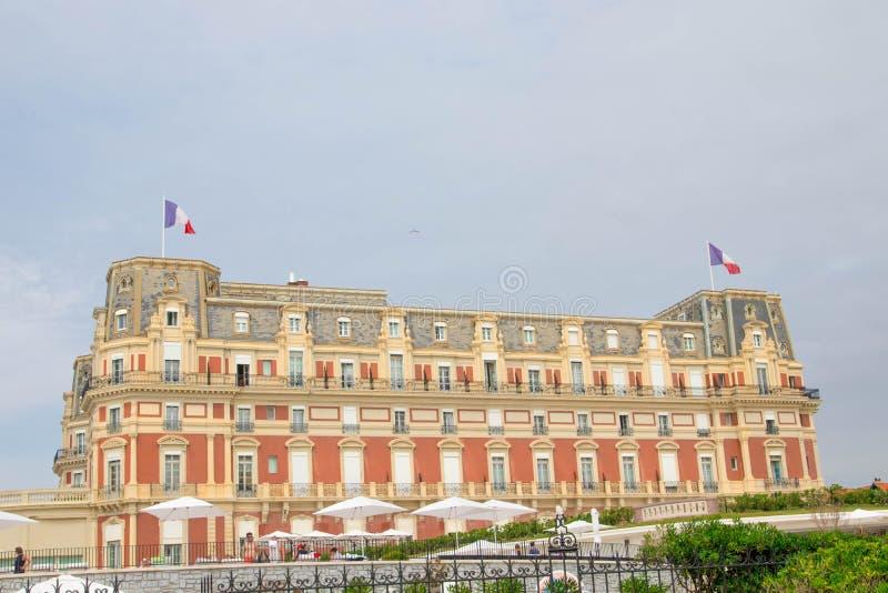 Biarritz/Frankrike 27 07 18: hotell du palais Biarritz betalar basque arkivfoto
