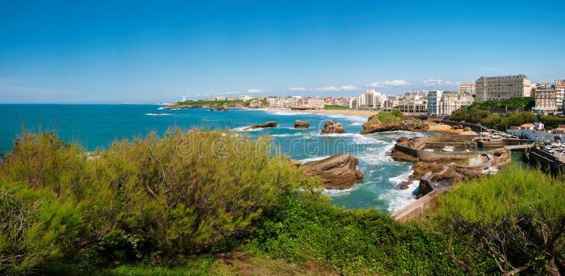 Biarritz, panorama latarnia morska, plaża i miasto, Francja obraz royalty free