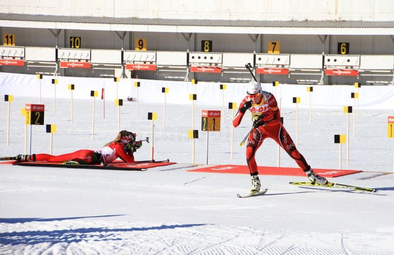Biathlon i Holmenkollen, Oslo. royaltyfri bild