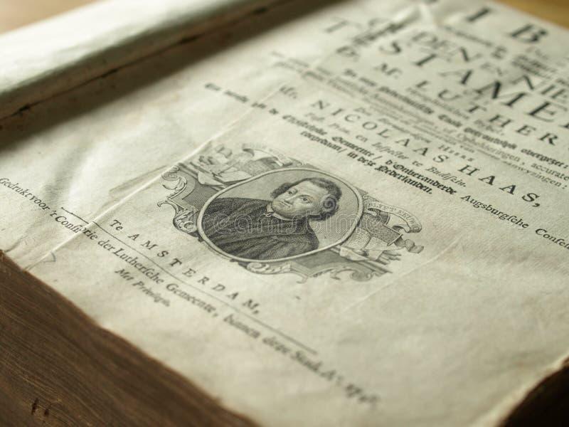 bibel illustrerat gammalt arkivfoton