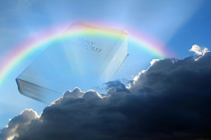 Bibel mit Regenbogen stockbild. Bild von geschichte, buch