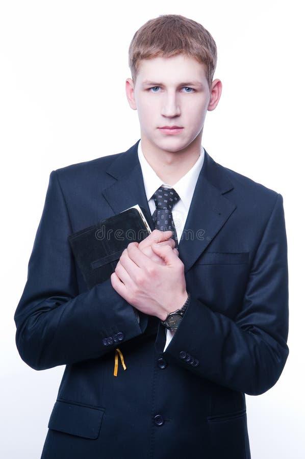 bible man young στοκ εικόνα με δικαίωμα ελεύθερης χρήσης