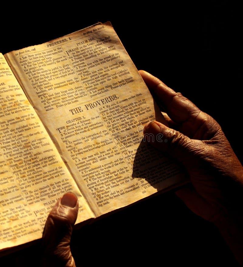 Bible sainte image stock