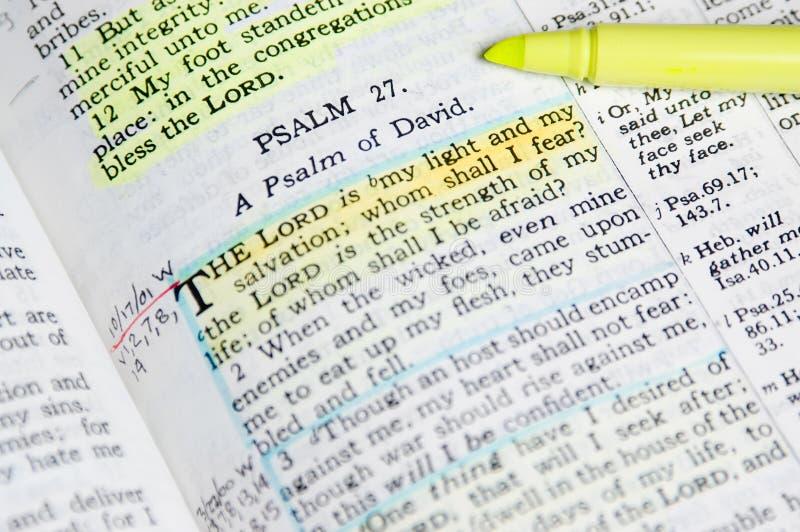 Biblia del estudio fotos de archivo