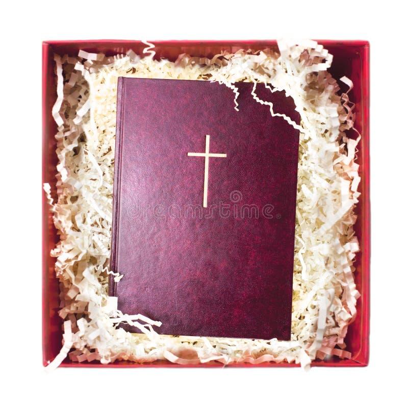Biblia en papel de envoltorio para regalos imagenes de archivo