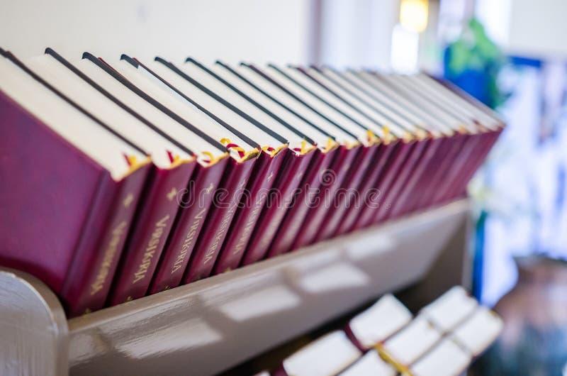 Biblias en Alexander Church foto de archivo