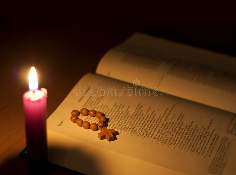 biblii świeczka obraz stock
