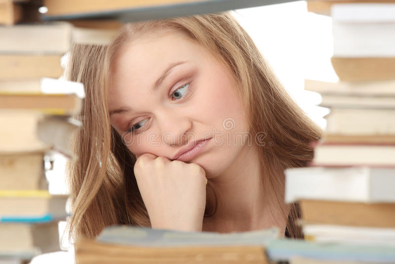 Download Biblioteca imagem de stock. Imagem de homework, menina - 12802383