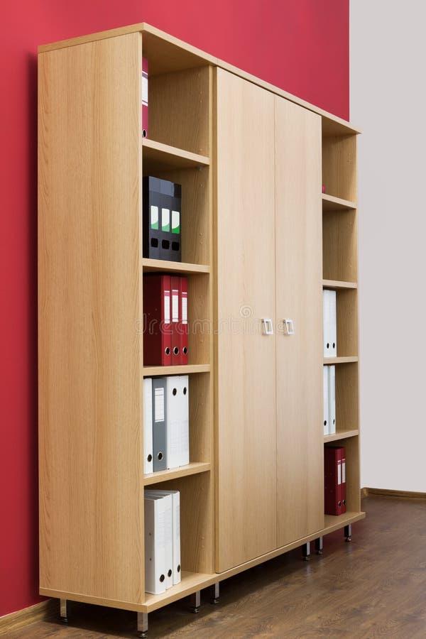 Biblioteca com dobradores imagens de stock