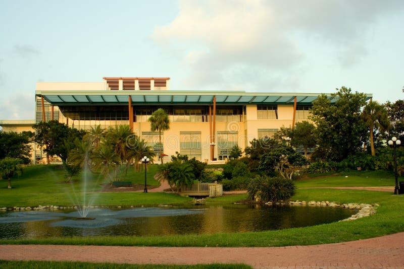 Biblioteca de Clearwater y parque del cochero imagen de archivo
