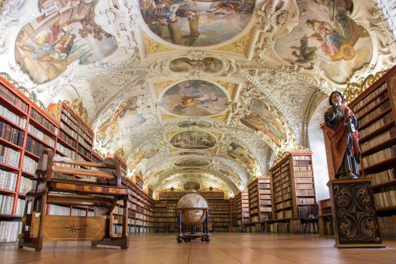 Biblioteca del monasterio de Strahov en Praga, República Checa fotografía de archivo