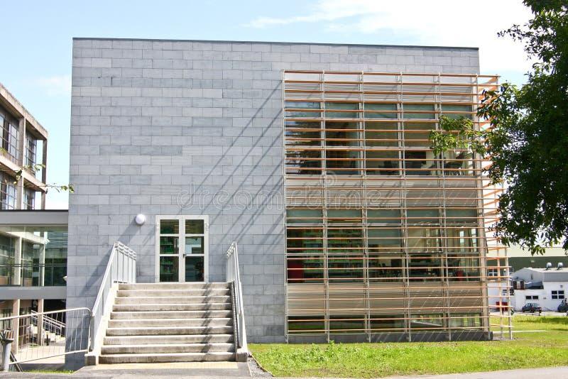 Biblioteca del oficio de enfermera y de la obstetricia, campus de NUI Galway, Irlanda fotos de archivo libres de regalías