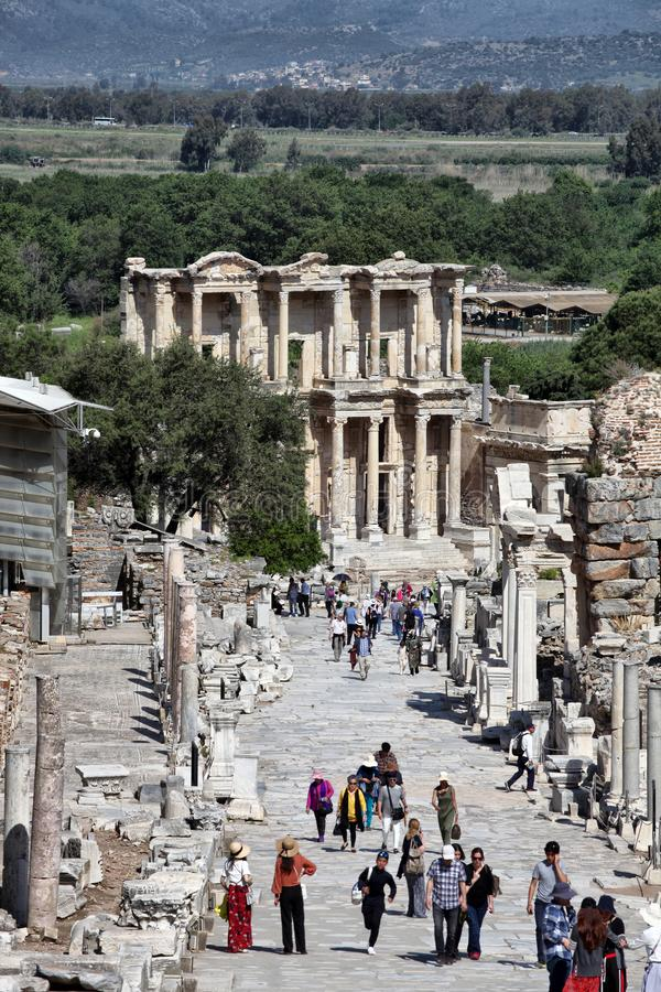 Biblioteca di Celso nella città antica di Ephesus fotografia stock libera da diritti