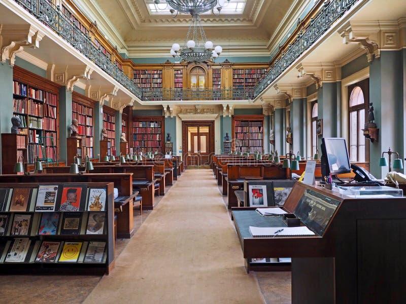 Biblioteca di storia del museumart di Albert e di Victoria immagini stock