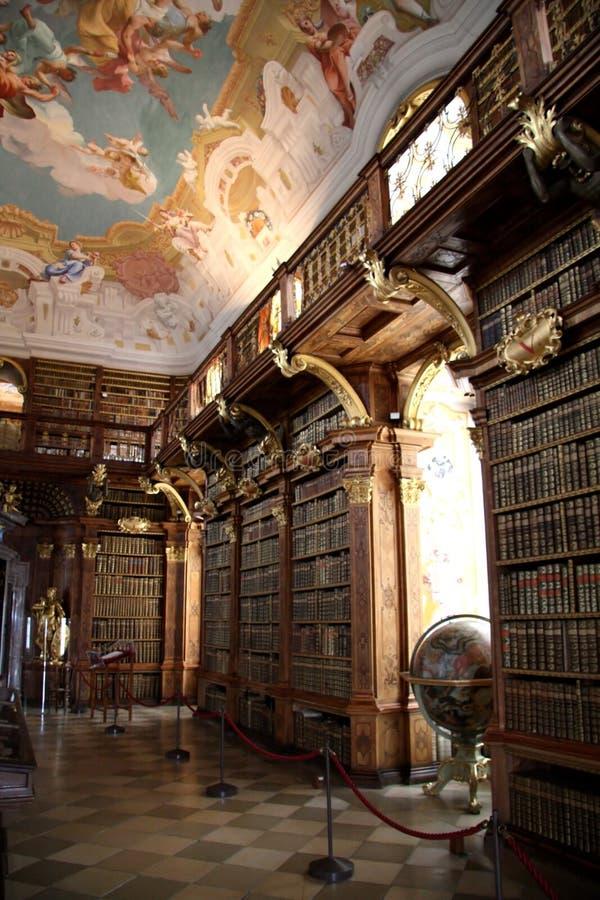 Biblioteca en el monasterio Melk imagenes de archivo