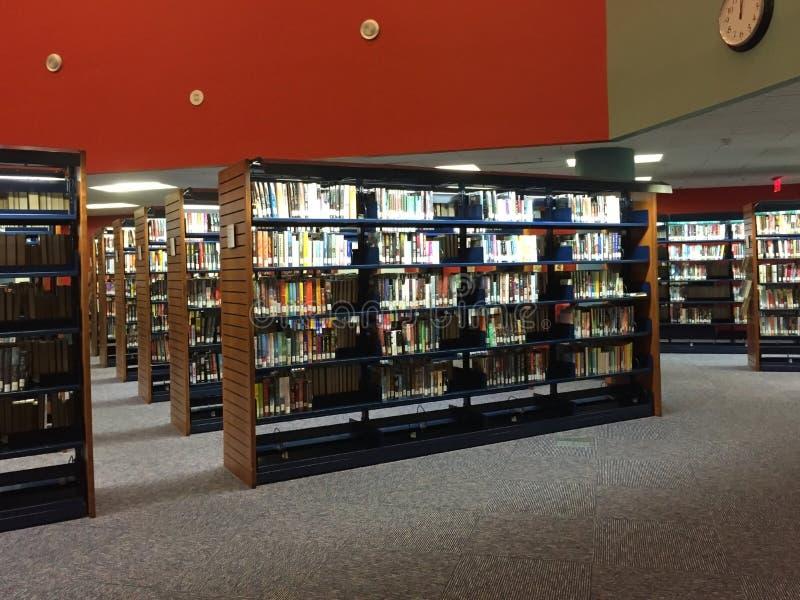 Biblioteca pública agradável fotografia de stock royalty free