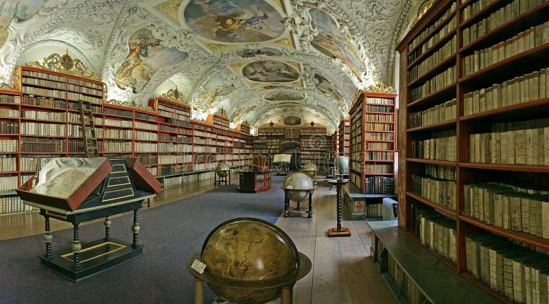 biblioteca Praga-barroca foto de stock
