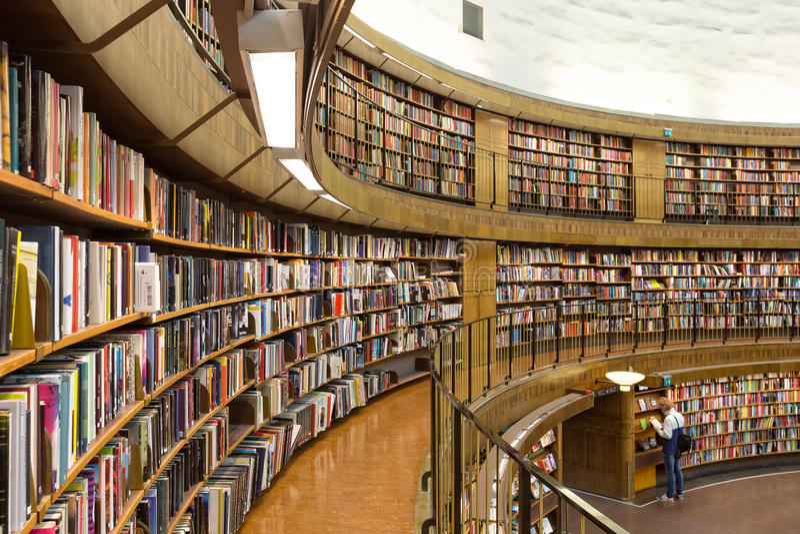 Biblioteca pubblica di Stoccolma, Svezia fotografia stock libera da diritti