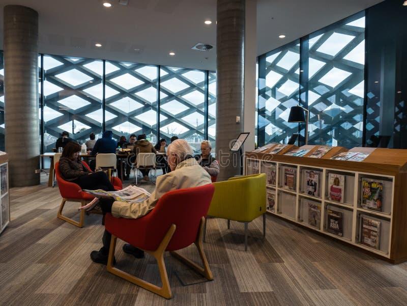 Biblioteca real, aprendizaje y centro cultural en Ringwood en los suburbios del este de Melbourne foto de archivo libre de regalías