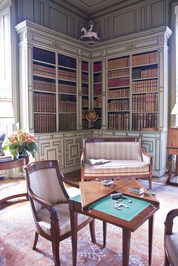 Bibliothèque dans le château Cheverny photographie stock