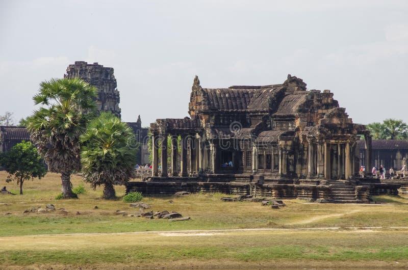 Bibliothèque du sud d'Angkor Vat - temple de Khmer dans la province de Siem Reap photo stock