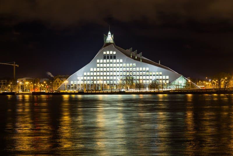 Bibliothèque nationale de la Lettonie images stock