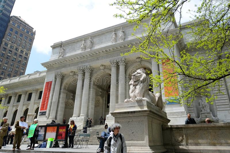 Download Bibliothèque Publique De New York, New York City Image éditorial - Image du maison, ramassage: 76089895
