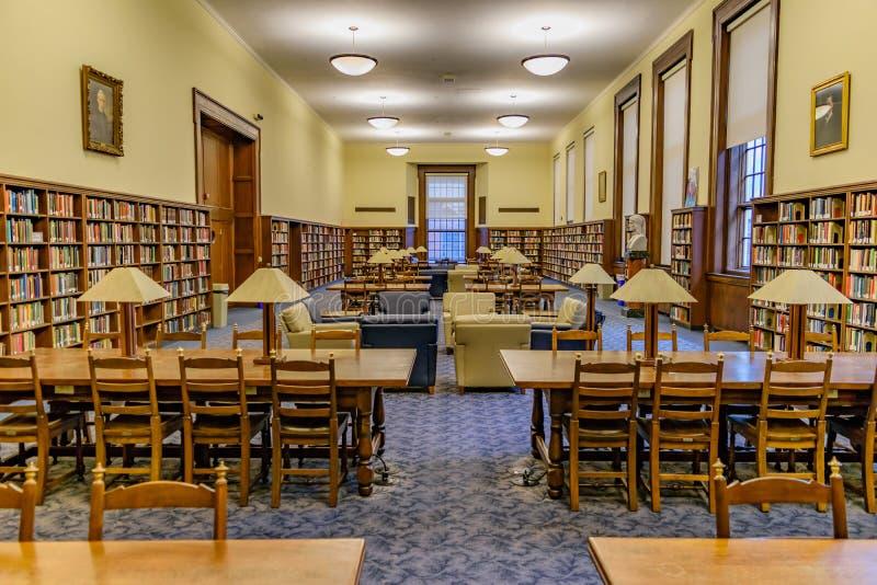 Bibliothèque sage chez Virginia University occidentale image libre de droits