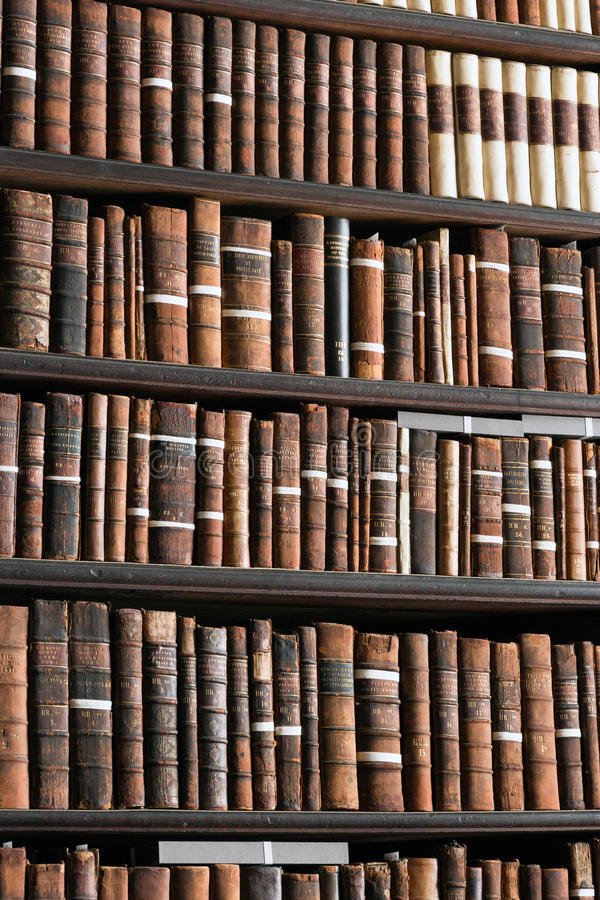 Bibliothèque universitaire de trinité photos stock