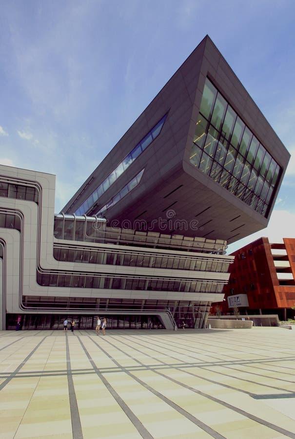 Bibliothek und Lernen-Mitte-Universität von Wirtschaft Wien lizenzfreie stockfotografie