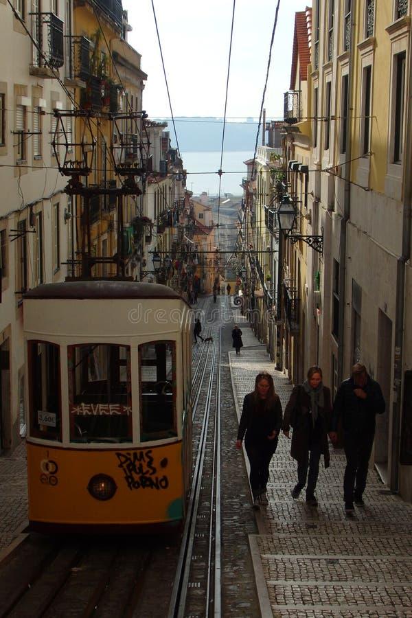 Bica spårvagn Lissabon Portugal arkivbild